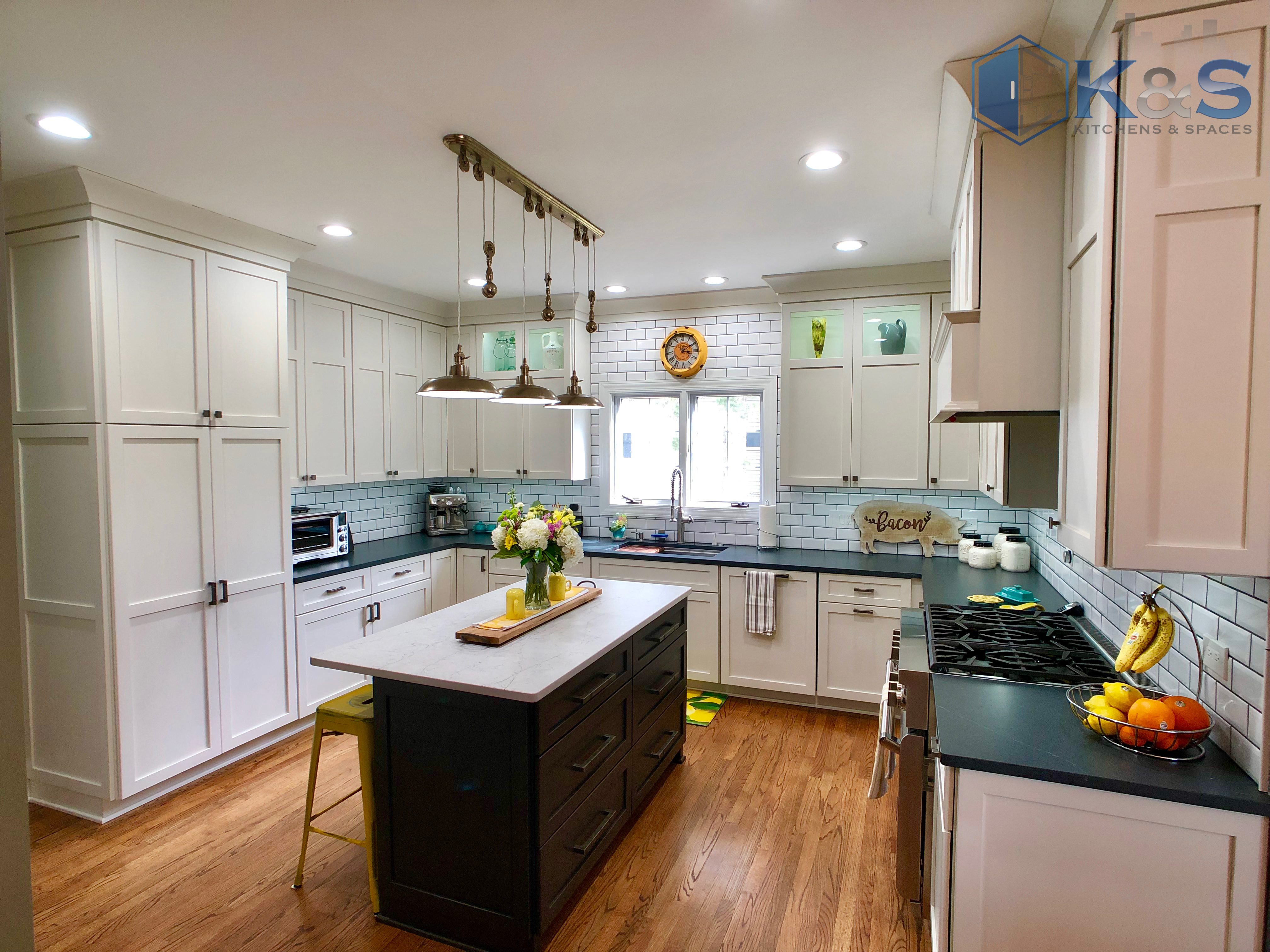 xComplete kitchen remodeling project in Downers Grove IL